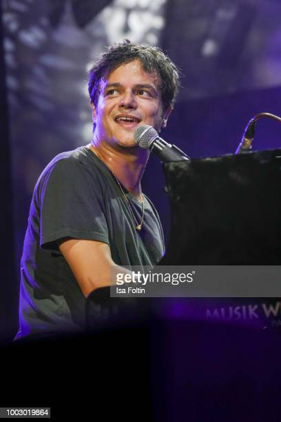 Singer Jamie Cullum performs on stage during the Thurn Taxis Castle Festival 2018 on July 20 2018 in Regensburg Germany