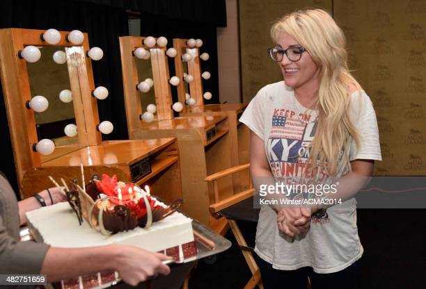 Singer Jamie Lynn Spears gets a birthday cake backstage during the 49th Annual Academy of Country Music Awards at the MGM Grand Garden Arena on April...