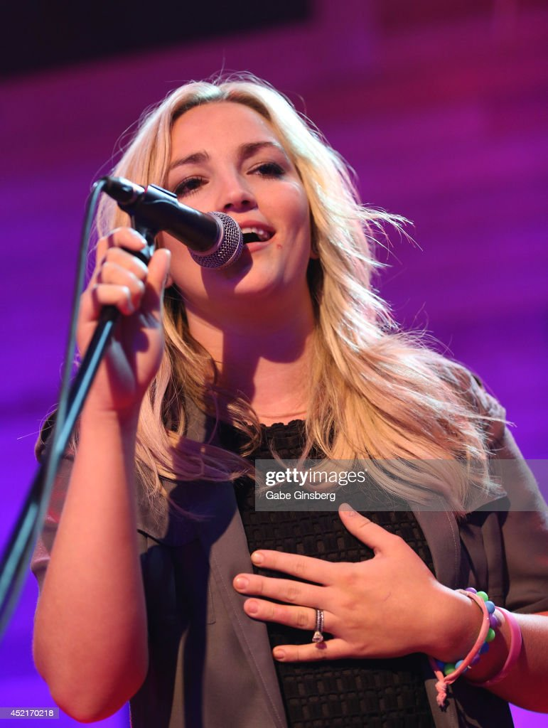 Jamie Lynn Spears In Concert - Las Vegas, NV : News Photo