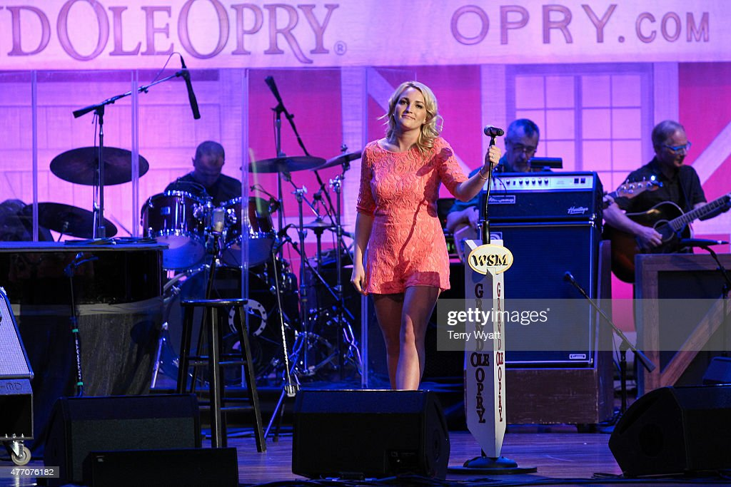 Opry At The Ryman Matinee - June 13, 2015 : News Photo