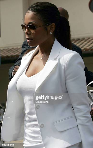 Singer Janet Jackson leaves court after her brother singer/songwriter Michael Jackson appeared for a hearing on September 17 2004 in Santa Maria...