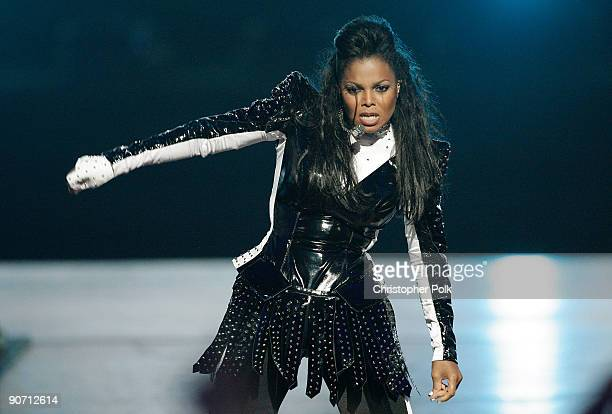 Singer Janet Jackson performs during the 2009 MTV Video Music Awards at Radio City Music Hall on September 13, 2009 in New York City.