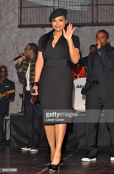 Singer Janet Jackson presents the BMI Icon Award to her brothers at the 2008 BMI Urban Awards held at the Wilshire Theatre on September 4 2008 in Los...