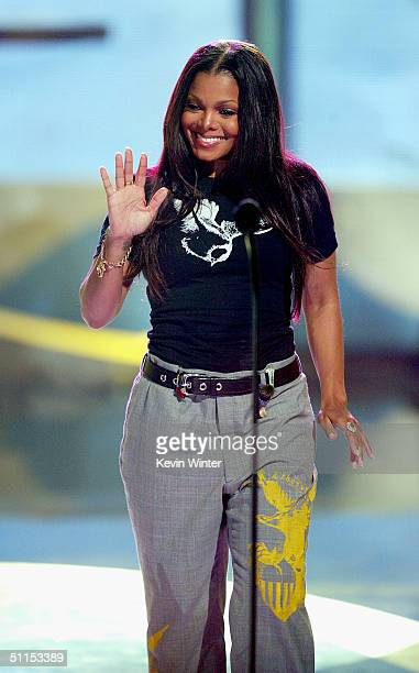 Singer Janet Jackson presents the Choice Courage award on stage at The 2004 Teen Choice Awards held at Universal Amphitheater on August 8 2004 in...