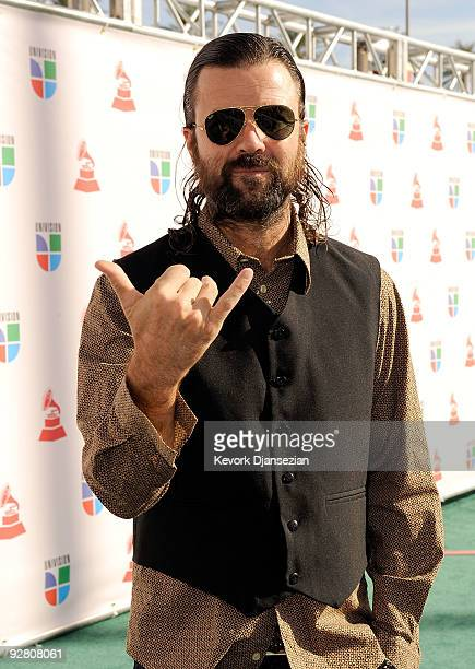 Singer Jarabe De Palo arrives at the 10th annual Latin GRAMMY Awards held at Mandalay Bay Events Center on November 5 2009 in Las Vegas Nevada