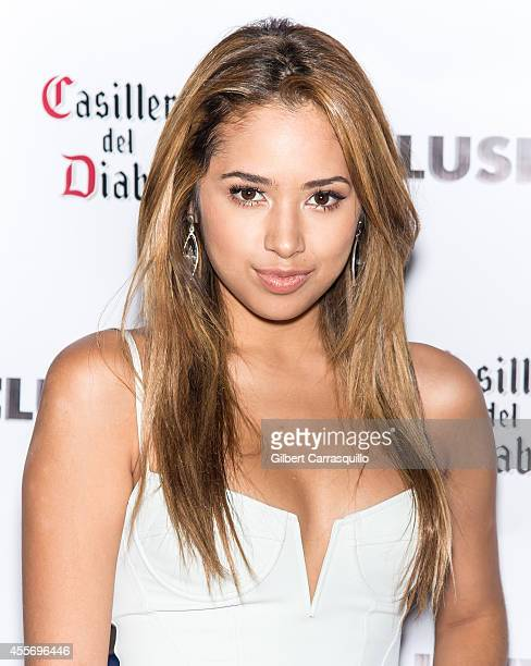 Singer Jasmine V attends the New York Launch party for Exclusivlee.com at Stray Kat Gallery on September 18, 2014 in New York City.
