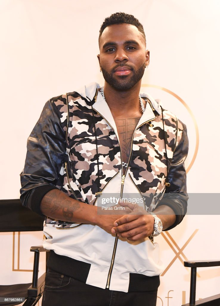 Singer Jason Derulo at Bloomingdale's Celebrates LVL XIII Men's Luxury Wear at Bloomingdale's Lenox Square Mall on October 29, 2017 in Atlanta, Georgia.