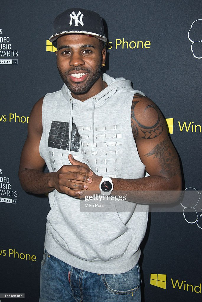 Singer Jason Derulo attends the VMA Song of the Summer