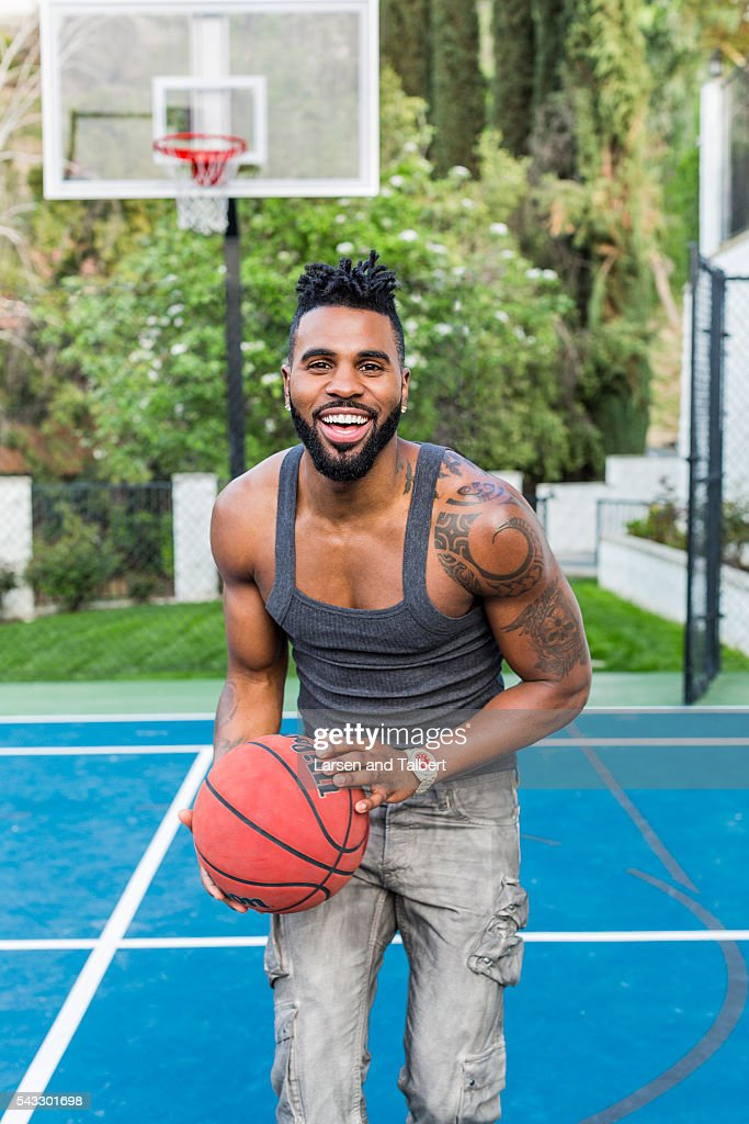 Jason Derulo At Home, People Magazine, April 6, 2016