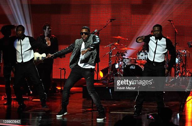 Singer Jason Derulo performs onstage during VH1's Pepsi Super Bowl Fan Jam at Verizon Theater on February 3 2011 in Grand Prairie Texas