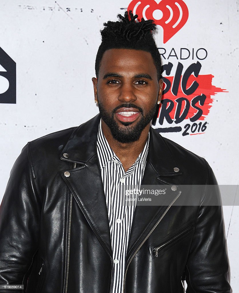 Singer Jason Derulo poses in the press room at the iHeartRadio Music Awards at The Forum on April 3, 2016 in Inglewood, California.