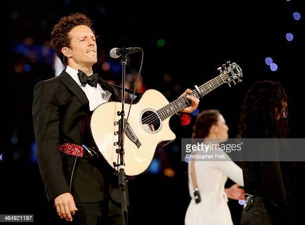 Singer Jason Mraz performs onstage at 2014 MusiCares Person Of The Year Honoring Carole King at Los Angeles Convention Center on January 24 2014 in...