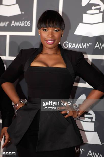 Singer Jennifer Hudson arrives at the 52nd Annual GRAMMY Awards held at Staples Center on January 31, 2010 in Los Angeles, California.