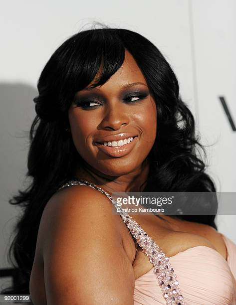 Singer Jennifer Hudson attends the 2009 Whitney Museum Gala at The Whitney Museum of American Art on October 19 2009 in New York City