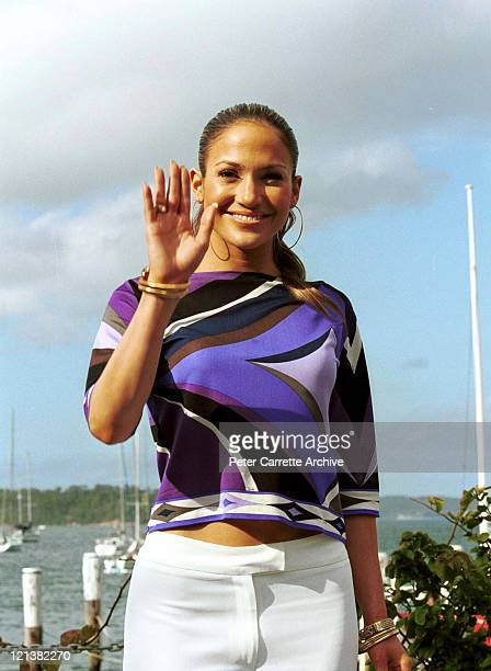 Singer Jennifer Lopez arrives at a press conference at Boomerang House in Elizabeth Bay to promote her new album 'J Lo' on February 21 2001 in Sydney...