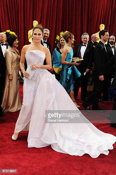 Singer Jennifer Lopez arrives at the 82nd Annual Academy Awards held at Kodak Theatre on March 7 2010 in Hollywood California
