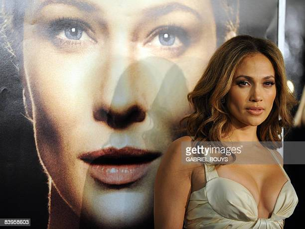 Singer Jennifer Lopez arrives for the Los Angeles premiere of �The Curious Case of Benjamin Button� December 8 in Westwood California The film is...