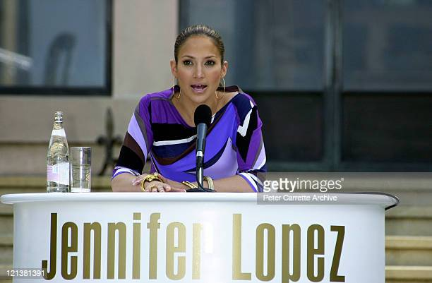 Singer Jennifer Lopez attends a press conference at Boomerang House in Elizabeth Bay to promote her new album 'J Lo' on February 21 2001 in Sydney...