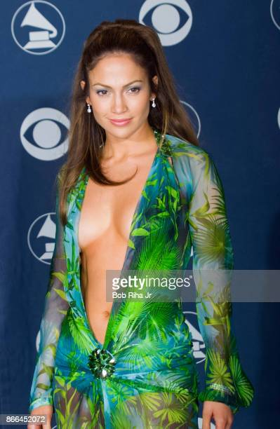 Singer Jennifer Lopez backstage at the 42nd Annual Grammy Awards, February 23, 2000 in Los Angeles, California.