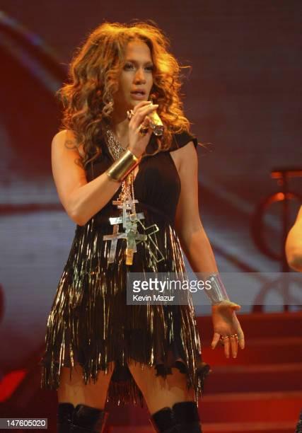 "Singer Jennifer Lopez perform at the Trump Taj Mahal Casino and Resort at the ""En Concierto"" tour opener on September 28, 2007 in Atlantic City, New..."