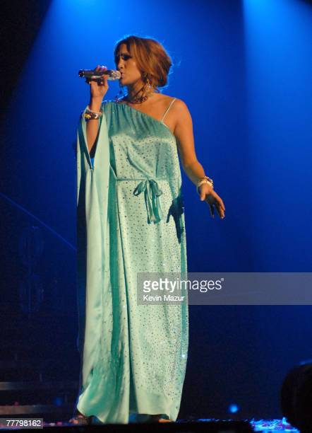 Singer Jennifer Lopez performs at the Staples Center during the En Concierto tour on October 19 2007 in Los Angeles California