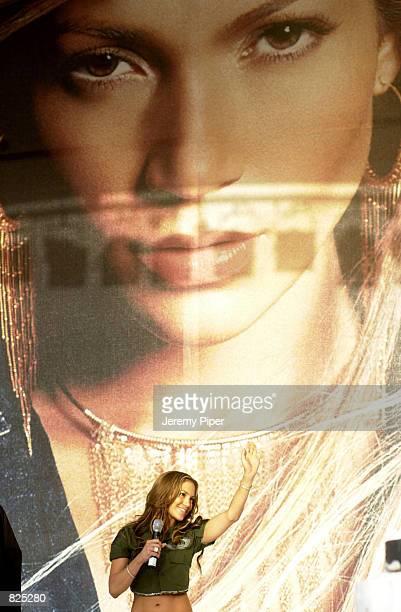 Singer Jennifer Lopez performs on stage February 22 2001 in Sydney Australia