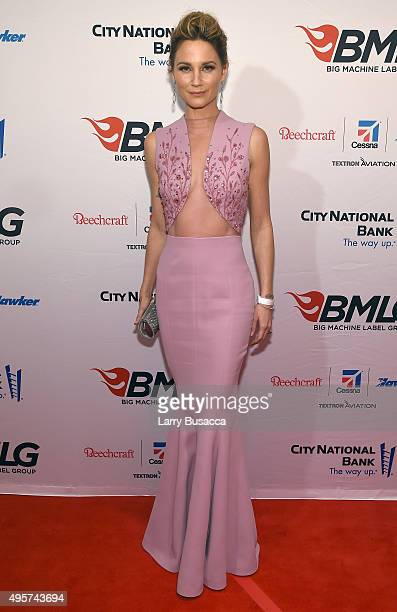 Singer Jennifer Nettles attends as Big Machine Label Group celebrates The 49th Annual CMA Awards at Rosewall on November 4, 2015 in Nashville,...