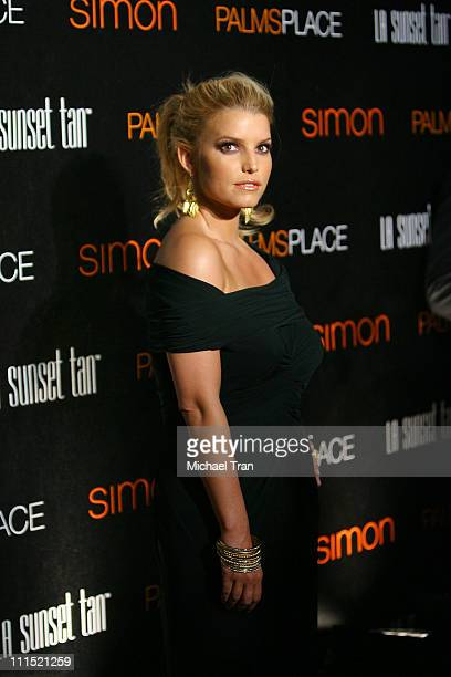 Singer Jessica Simpson arrives at the grand opening of the Palms Place Hotel & Spa held on May 31, 2008 in Las Vegas, Nevada.