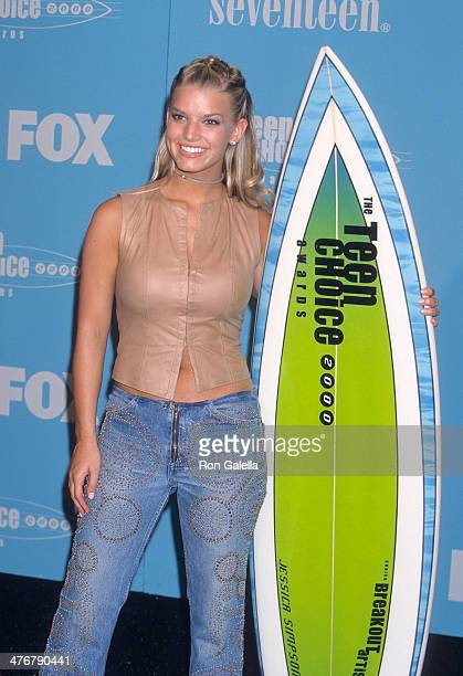 Singer Jessica Simpson attends the Second Annual Teen Choice Awards on August 6 2000 at the Barker Hangar Santa Monica Air Center in Santa Monica...
