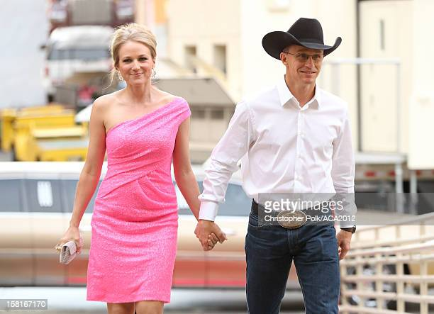 Singer Jewel and rodeo cowboy Ty Murray arrive at the 2012 American Country Awards at the Mandalay Bay Events Center on December 10 2012 in Las Vegas...