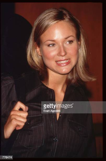 Singer Jewel Kilcher stands at the fourth annual Michael Awards fashion gala April 22, 1996 in New York City. The Michael Awards, which honor...