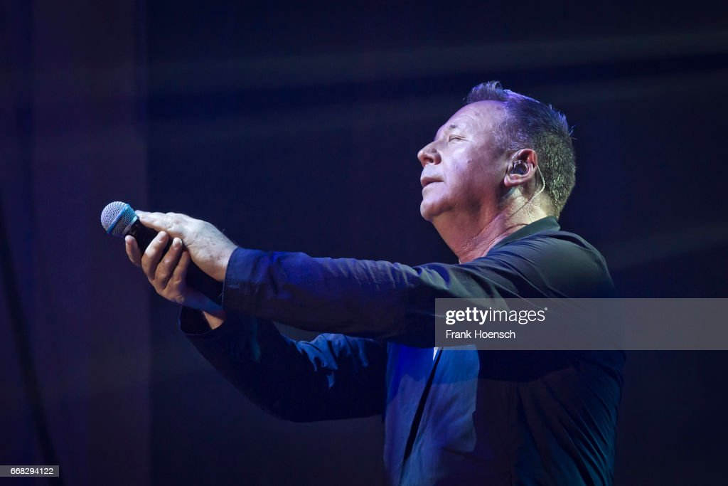 Simple Minds Perform In Berlin : News Photo
