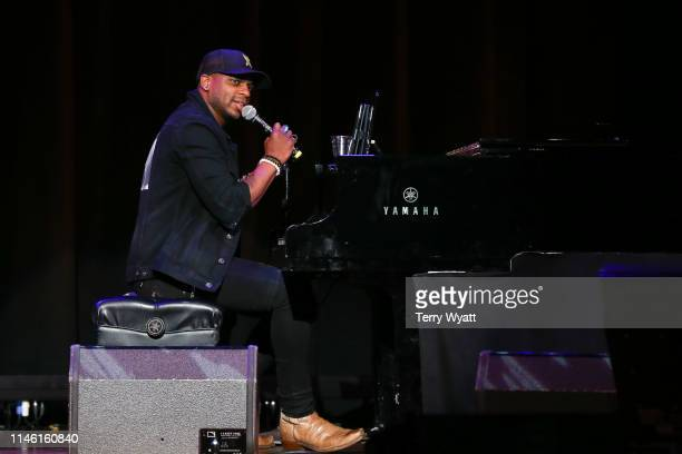 Singer Jimmie Allen performs during the Fourth Annual AIMP Nashville Awards at Ryman Auditorium on April 30 2019 in Nashville Tennessee