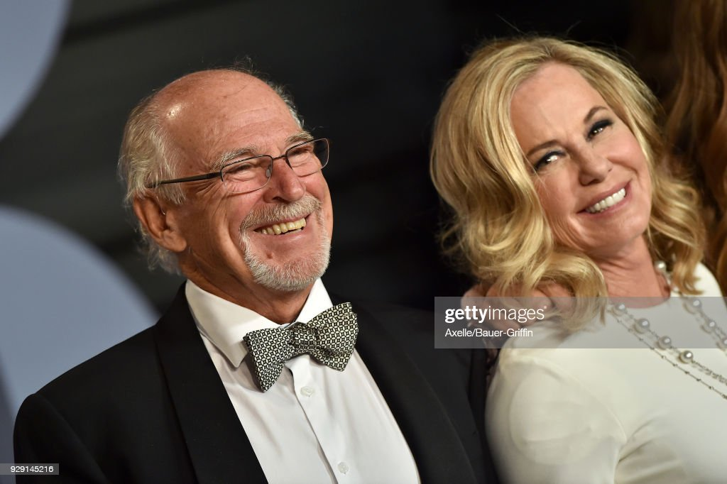 Singer Jimmy Buffett attends the 2018 Vanity Fair Oscar Party hosted by Radhika Jones at Wallis Annenberg Center for the Performing Arts on March 4, 2018 in Beverly Hills, California.