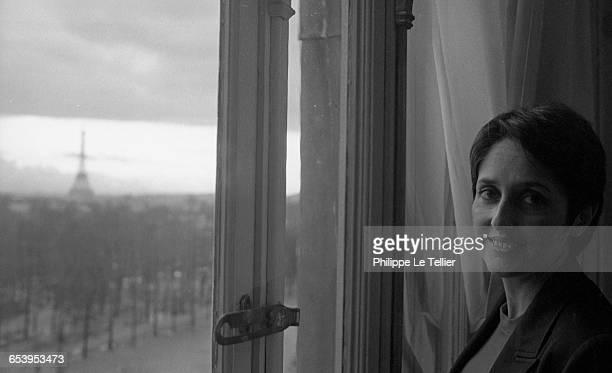 Singer Joan Baez in Paris France 12/1980