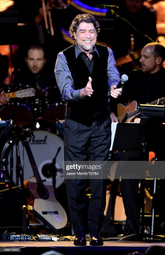 2014 Person Of The Year Honoring Joan Manuel Serrat - Show