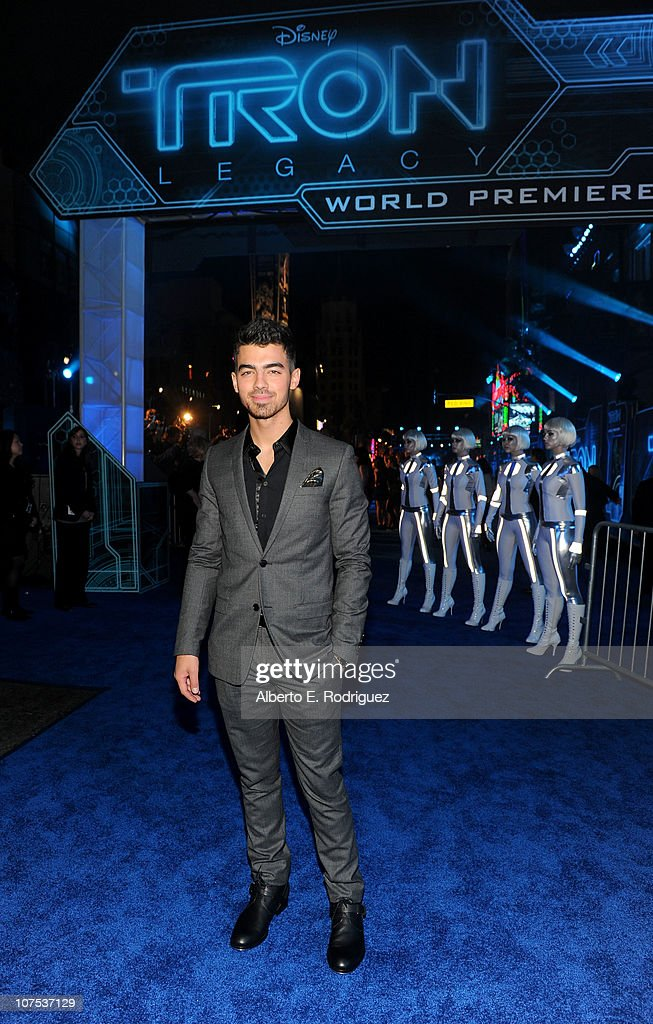Singer Joe Jonas arrives at Walt Disney's 'TRON: Legacy' World Premiere held at the El Capitan Theatre on December 11, 2010 in Los Angeles, California.