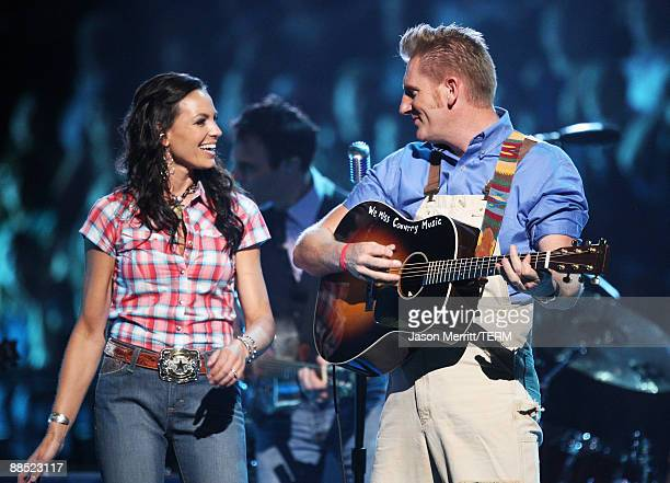 Singer Joey Martin Feek and Rory Lee Feek of Joey + Rory perform on stage during the 2009 CMT Music Awards at the Sommet Center on June 16, 2009 in...
