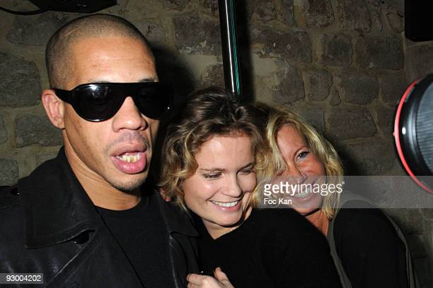 Singer Joey Starr Actress Sarah Biasini and Actress Fiona Gelin attend the Joey Starr Birthday Party at the O Mantra Club on October 31 2008 in Paris...