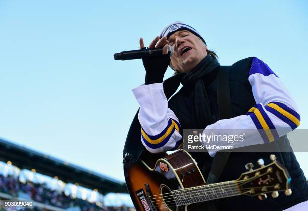 Singer John Rzeznik of the Goo Goo Dolls performs during the first intermission of the 2018 Bridgestone NHL Winter Classic between the New York...