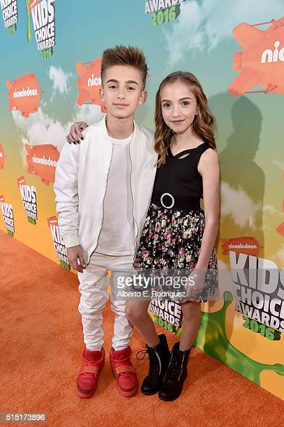 Singer Johnny Orlando and internet personality Lauren Orlando attend Nickelodeon's 2016 Kids' Choice Awards at The Forum on March 12 2016 in...