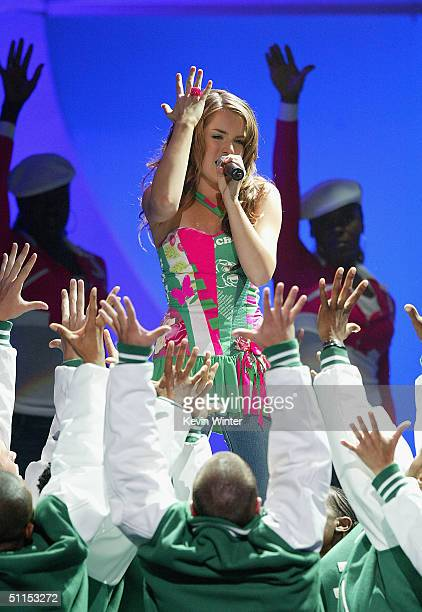 Singer JoJo performs 'Leave ' on stage at The 2004 Teen Choice Awards held on August 8 2004 at Universal Amphitheater in Universal City California