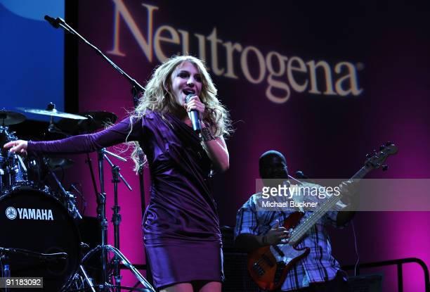 Singer Jordan Pruitt performs at the Neutrogena Fresh Faces Music Event for VH1 Save the Music at Jim Henson Studios on September 26 2009 in...