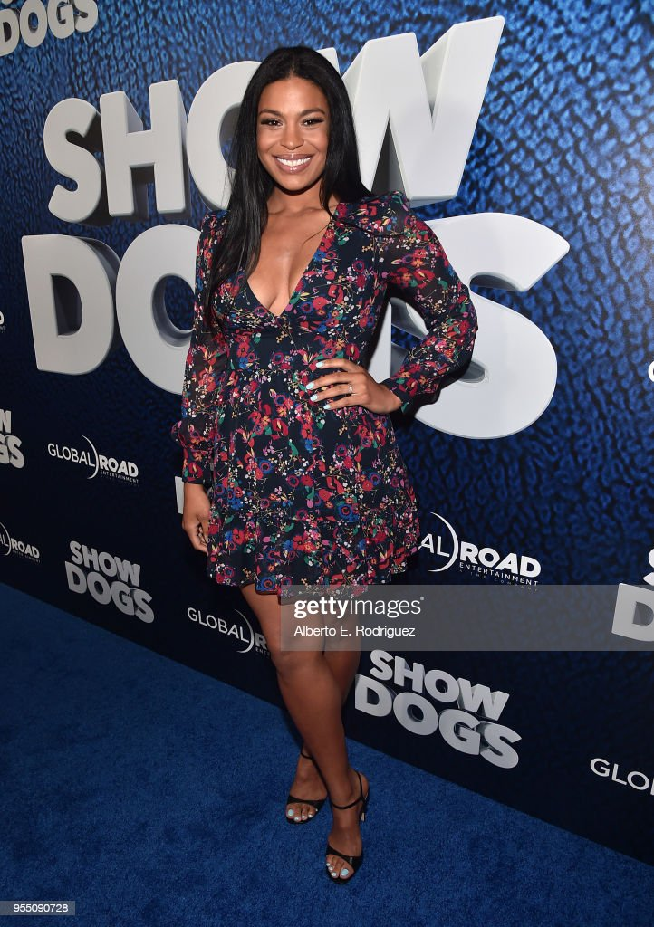 Premiere Of Global Road Entertainment's 'Show Dogs' - Red Carpet : News Photo