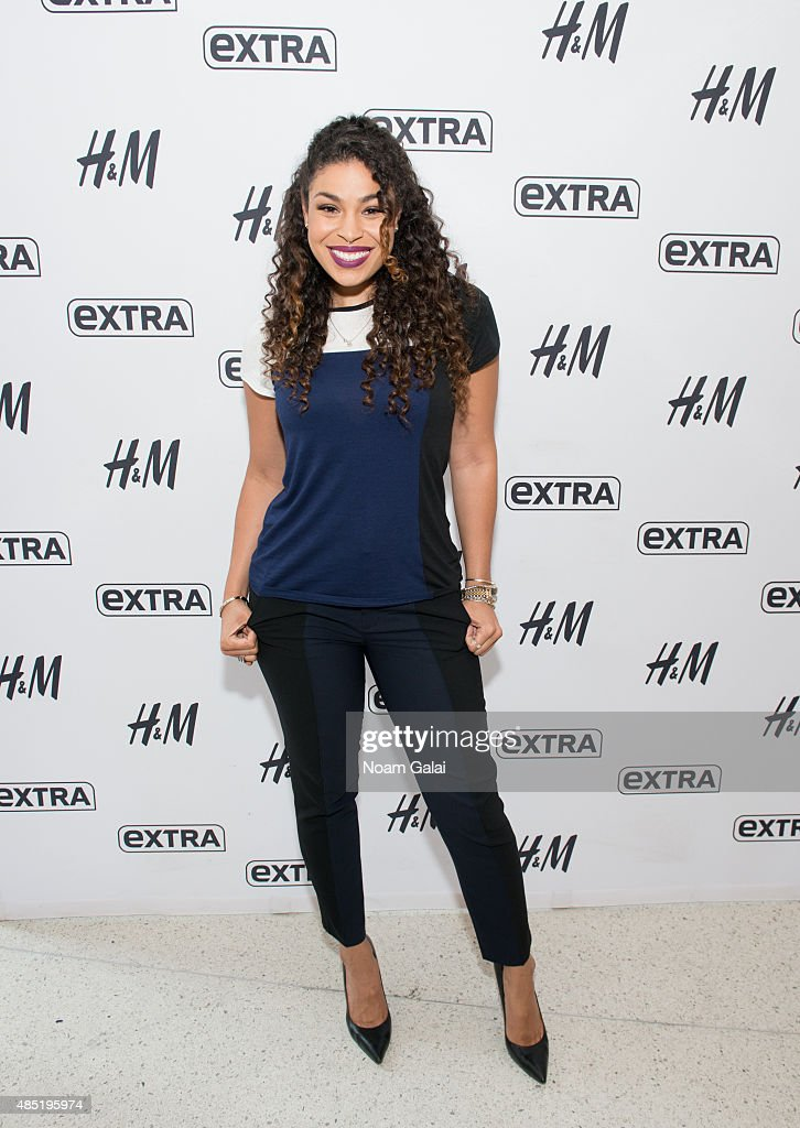Singer Jordin Sparks visits 'Extra' at their New York studios at H&M in Times Square on August 25, 2015 in New York City.