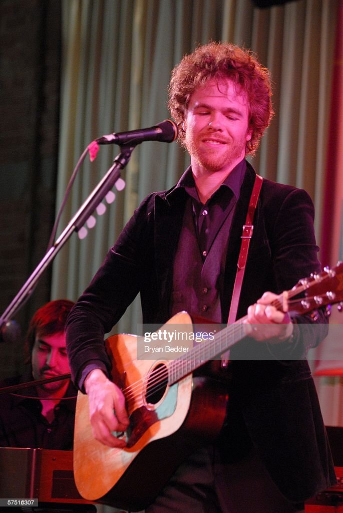 Tribeca/ASCAP Music Lounge Presents Josh Ritter At Canal Room : Nachrichtenfoto