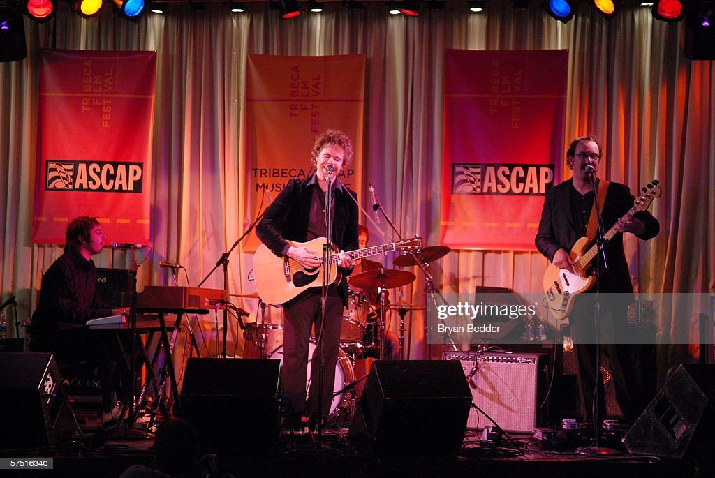 Tribeca/ASCAP Music Lounge Presents Josh Ritter At Canal Room : Nyhetsfoto