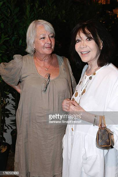 Singer Juliette Greco and her daughter Laurence attend Le Roi se meurt on the last day of the 29th Ramatuelle Festival on August 11 2013 in...