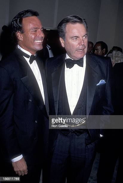 Singer Julio Iglesias and actor Robert Wagner attend the Sixth Annual American Cinema Awards on January 6 1989 at the Beverly Hilton Hotel in Beverly...