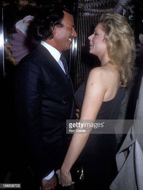 Singer Julio Iglesias and singer Leonore O'Malley attend Regine Zylberberg's PreValentine's Day Party on February 13 1982 at Regine's in New York City